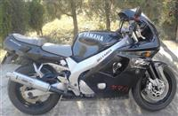 Yamaha DIVERSION 900 - 01