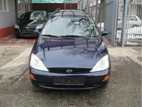 Ford Focus 1,8 16v -00
