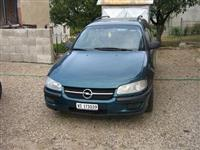Opel omega stranac -96