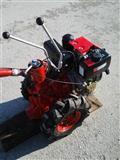 Moto-kultivator