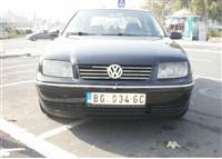 VW Jetta -05