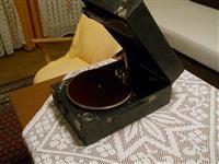 Starinski gramofon