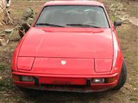 Porsche 924 -84