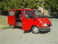 Prodajem kombi Ford Transit 1999 god hitno !!