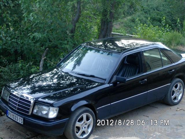 Oglas mercedes e124 300d 90 prodaje se pirot for Mercedes benz 1990 e300