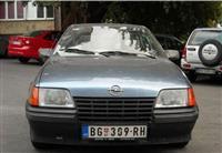 Opel Kadett 1.3OHC -87