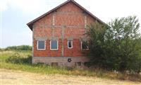 Stambeno-poslovni objekat Cortanovci