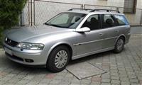Opel Vectra Sport -01