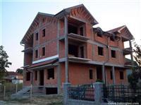 Tatarsko Brdo kuca sa 4 stambene jedinice