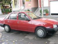 Opel KADETT 1,4 -91  benz-TNG