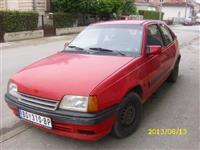 Opel Kadet 1.6i -91