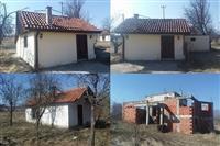 Kucu 240m2 i vikendicu u Vranje