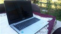 Asus laptop F555L