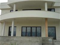 Stan od 165m2 u Skoplju