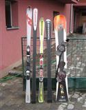 Skije Nordica i Rossignol i snowboard dask