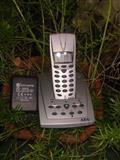 Bezzicni telefon