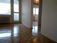 Vlasnik - 3,5 stan u Braće Jerkovića - 96000e