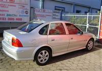 Opel Vectra 1,6i -01