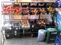 Stalak za voće i povrće 3.500 din.