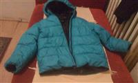 Polovna jakna u velicini 8