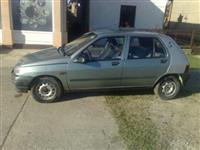 Renault Clio -94
