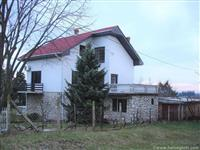 Porodicna kuca Lipovacki put-Barajevo
