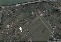Plac u neposrednoj blizini Vile Obrenovica