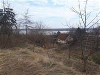 Plac sa pogledom na Dunav