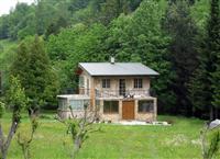 Nova dvoetažna kuća na sjeveru Crne Gore