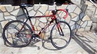 Drumski trkacki bicikl HITNO!!!