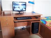 Desktop racunar bez stola sa stolom doplata