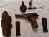 Pistolj s dodatnom opremom