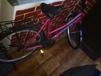 Lep zenski bicikl