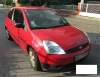 Ford Fiesta 1.3 -03 hitno