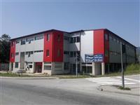 Poslovni prostori u trznom centru u Hadzicima