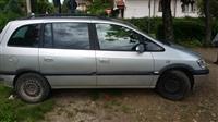 Opel Zafira -05