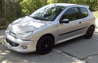 Peugeot 205 1,9 dizel -01