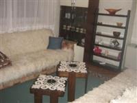 Izdajem stan  u Leskovcu kod klinike SPEBO