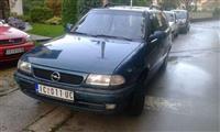 Opel Astra -96