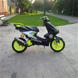 Yamaha Aerox -08