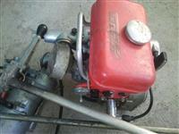 Motor za camac tummfer 2/5 konja  na benzin