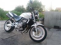 Honda hornet 600 -02