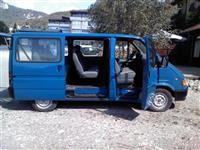 Putnicki kombi Ford tranzit 8+1-95