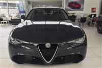 2016 Alfa Romeo Giulia SUPER PLUS