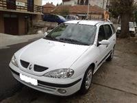 Renault Megane u delovima