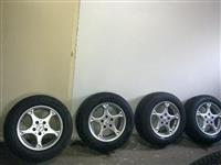 Mercedes gume i alu felne 205/ 65 R15