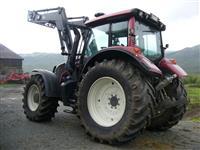 Traktor Valtra N163 Direct