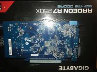 Graficka karta Radeon R7 250X
