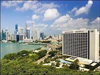 Mandarinski orijentalni hotel treba usluge radnika