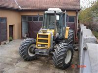 Traktor Renault 133 14-Fendt
